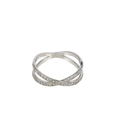 anillo cruzado