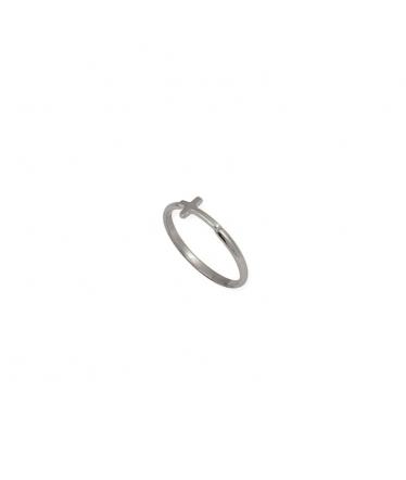 anillo fino de plata con cruz